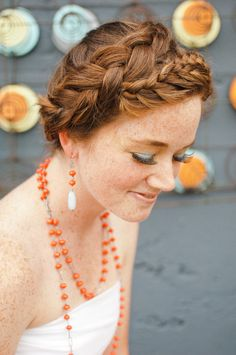 a braided wrap  Photography by http://brittanylauren.net