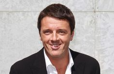 Renzi, nel dibattito interno al suo partito, nella sede del Pd, non quella di Forza Italia, ammette pubblicamente, d'avanti alle telecamere, di appartenere al Nuovo Ordine Mondiale. Shock!