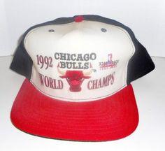 VTG-CHICAGO-BULLS-1992-NBA-CHAMPS-SNAPBACK-HAT-JORDAN-New-Era-Medium-Large-USA