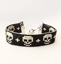 Skull bracelet Halloween bracelet by OceanGlowJewelry on Etsy