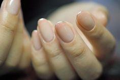 Elegant And Minimalist Nail Art Design Ideas 19