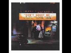 おはようございます。 今日10/21はフランソワ・トリュフォー監督の命日。 彼の代表作の一つに「ピアニストを撃て」があります。ヌーヴェルヴァーグの代表作の一つとも言われますが、ちょっとハチャメチャ感のある映画。この映画にインスパイアされて、エルトン・ジョンが「ピアニストを撃つな!」(Don't Shoot Me I'm Only the Piano Player)というアルバムを出しています。 今朝の一曲は、エルトンのそのアルバムの冒頭曲「ダニエル」、エルトンらしい滑らかなバラード曲です。