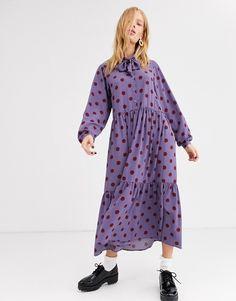 Vestido largo con estampado de lunares en color óxido en violeta con lazada al cuello de Monki   ASOS