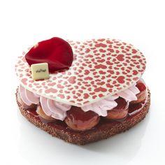 Saint-Valentin : desserts, champagne... notre sélection food pour amoureux ! : Amour de baba, chez Lenôtre - Cuisine Plurielles.fr