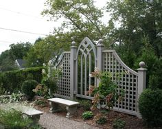 Looking for ideas to decorate your garden fence? Add some style or a little privacy with Garden Screening ideas. See more ideas about Garden fences, Garden privacy and Backyard privacy. Cheap Privacy Fence, Privacy Fence Designs, Garden Privacy, Backyard Privacy, Garden Arbor, Garden Trellis, Backyard Landscaping, Privacy Screens, Landscaping Ideas