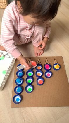 Diy Learning Toys, Baby Learning Activities, Diy Educational Toys, Montessori Activities, Infant Activities, Diy Toys For Toddlers, Art Activities For Toddlers, Diy For Kids, Crafts For Kids