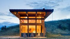 Come Gawk at the Views From This Hillside Washington Cabin
