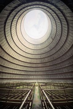 Cooling Tower, Belgium (Monceau, Charleroi) It was build in It was one of the largest cool burning power plants in Belgium. It closed in Greenpeace gave it a negative attention because it had carbon dioxide emissions in Belgium. Abandoned Buildings, Abandoned Mansions, Abandoned Places, Places Around The World, Around The Worlds, Photo D'architecture, Cooling Tower, Haunted Places, Beautiful Places