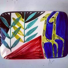 "Polubienia: 13, komentarze: 0 – modern (@modern_old2new) na Instagramie: ""Inger Waage handpainted Norwegian Stavangerflint pottery box #red #plants #black #pottery #ceramic…"" Norway, Spoon, Scandinavian, Rest, Pottery, Hand Painted, Ceramics, Modern, Plants"