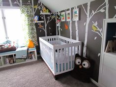 Gray Owl Nursery wit