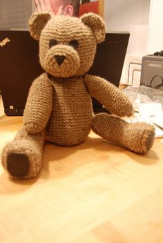 Teddy bear - all parts are to be knitted separately and then assembled, so one can also play with colours.
