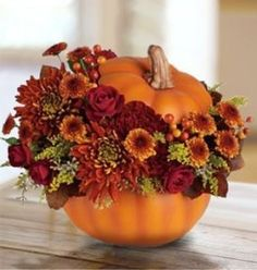 Pretty Fall Wedding centerpiece!!  Pumpkin Centerpiece