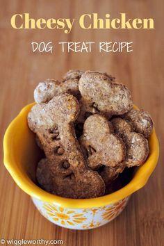 Homemade Dog Cookies, Homemade Dog Food, Homemade Dog Biscuits, Diy Dog Treats, Healthy Dog Treats, Puppy Treats, Dog Biscuit Recipes, Dog Food Recipes, Dog Cookie Recipes