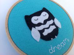 Black and white felt owl hoop art.  Owl nursery by BoxRoomBazaar