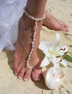 """Ya estoy de novia!: Sandalias """"descalzas"""" para las novias que se casan en la playa"""