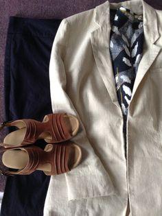 cream M. Tan Vans, Capsule Wardrobe, Gloves, Trousers, Cream, Navy, Jacket, Sandals, Leather