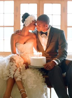 8 New Wedding Trends / Candle Cake Toppers