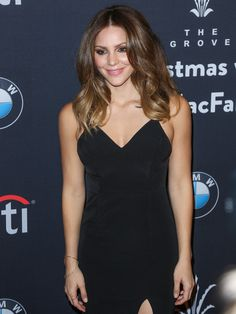 Katharine McPhee Photos Photos - Katharine McPhee is seen attending The Grove Christmas With Seth MacFarlane at The Grove. - The Grove Christmas with Seth MacFarlane