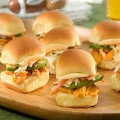 Rotisserie chicken is a great shortcut to make chicken dishes when you are in a rush. In these spicy-cool chicken salad sandwiches, it combines with blue cheese and cayenne dressings for an easy bite that's full of flavor. Appetizer Recipes, Appetizers, Appetizer Ideas, Buffalo Chicken Sliders, Chicken Sandwich Recipes, Slider Recipes, Wrap Sandwiches, Party Sandwiches, Cocktails