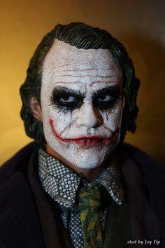 Hot Toys Joker DX The Dark Knight Batman (6)