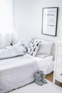 Deco Bedroom Minimalist Interior tinkerbella - | interior | pinterest
