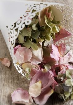 Paper Petal Cones Pearl Finish Lace Trim (Pack of 12) #saveoncrafts #dreamwedding