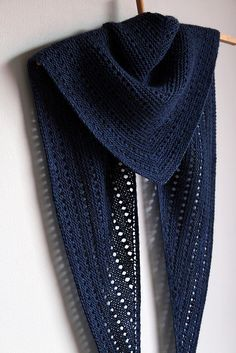 Unilintu is a triangular shawl/scarf, knitted top down. The shape of the shawl is a horizontally wide and vertically shallow triangle...
