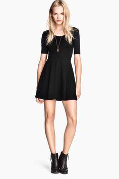 Vestido de punto negro 19,99 € - H&M