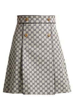 Gucci Logo-print cotton-blend skirt Source by tltznw Girl Fashion, Fashion Dresses, Womens Fashion, Fashion Clothes, Skirt Suit, Dress Skirt, Essentiels Mode, Mode Style, Skirt Outfits