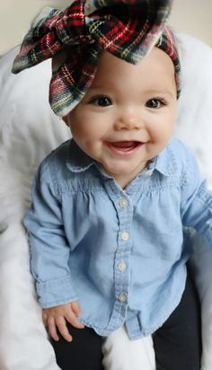 baby outfits The accessory of choice for baby girls will always be giant bows. cute outfits for baby girls So Cute Baby, Cute Babies, Cute Baby Stuff, Cute Stuff For Girls, Fashion Kids, Baby Girl Fashion, Newborn Fashion, Babies Fashion, Young Fashion
