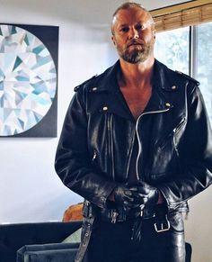 Leatherman LederSLC at home, Salt Lake City, United States. Leather Jeans, Leather Gloves, Black Leather, Leather Jacket, Jacket Men, Just For Men, Moto Style, Bearded Men, Black Men