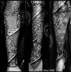 12 Best Mandala Tattoo Design Ideas With Deep Meanings Best Sleeve Tattoos, Leg Tattoos, Arm Tattoo, Black Tattoos, Body Art Tattoos, Tattoos For Guys, Cool Tattoos, Tribal Tattoos, Tatoos