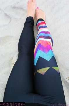 LEGGING 'MONTAUK Chevron' Style Legging for SURF by SchatziBrown #surf #style #legging