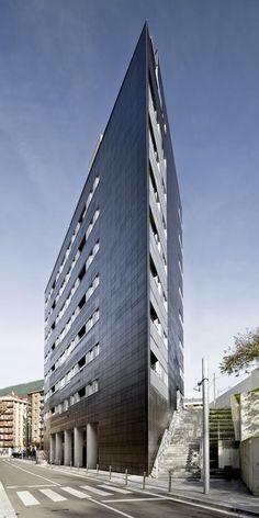 Revestimiento de fachada de viviendas de protección oficial. Sistema Masa