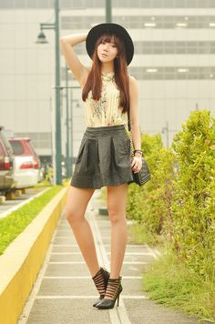http://itscamilleco.com/2013/09/street-floral/