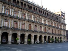 edificio del antiguo ayuntamiento.
