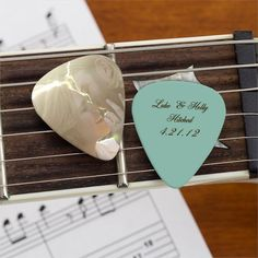 Wedding Favor Personalized Guitar Picks -- so wanna do this for my wedding!!