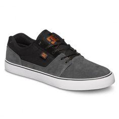 DC Shoes Tonik Shoe black grey black chaussures de skate pour hommes 69,00 € #skate #skateboard #skateboarding #streetshop #skateshop @playskateshop