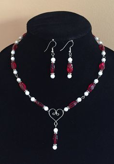 Red & White Beaded Necklace / Earring Set by MonicaWilgaDesigns