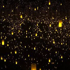 #InfiteKusama - The Aftermath of Obliteration of Eternity the @hirshhorn museum. This infinity room represents the Japanese tradition of toro nagashi. It is beyond beautiful and a moving experience. 🌑✨⛩💛 #OurSweetAdventures #TravelingWithSSweetTooth