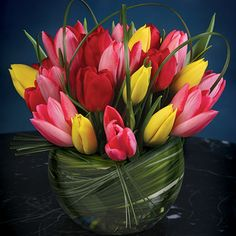 David Tutera's Seasonal Floral Chart | Wedding Planning, Ideas & Etiquette | Bridal Guide Magazine