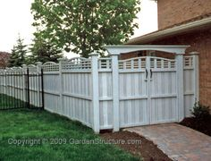 Yard Fence Ideas | ... Designs > Fence plans - instructions > Downloadable F004 Fence and