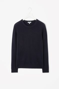 COS is a contemporary fashion brand offering reinvented classics and wardrobe essentials made to last beyond the season, inspired by art and design. Cashmere Jumper, Fashion Brand, Fashion Design, Contemporary Fashion, Classic Style, Knitwear, Dressing, Fashion Outfits, Sweatshirts