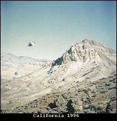 1996 - California - Photo taken on July 6, 1996, on the Armagosa range.