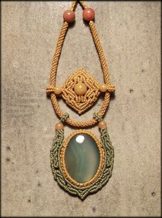 Macrame jewelry necklace with green agate by Mabutirat on Etsy, NT$6000.00