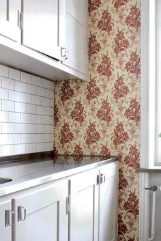 Kök med överfalsade luckor - Inspiration: Byggfabriken – modern byggnadsvård