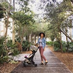 The best travel pram available, Mountain Buggy® nano™ is a JPMA innovation award winning fully lie-flat travel stroller, designed to be compact and lightweight. Holographic Print, Mountain Buggy, Year Of The Monkey, Travel Stroller, Ultimate Travel, Dory, Textile Design, Rooster, Travel Tips