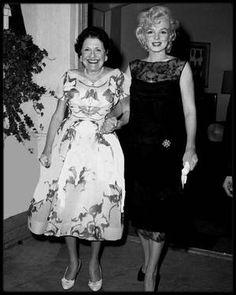 9 Juillet 1958 / Marilyn et Louella PARSONS conviées à une soirée chez Jimmy McHUGH.