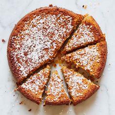 Lemon Drizzle Cake - Madeleine Shaw