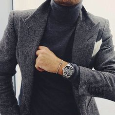 Men's Grey Winter Coat Outfit on a Turtleneck T-Shirt and White Pocket Square